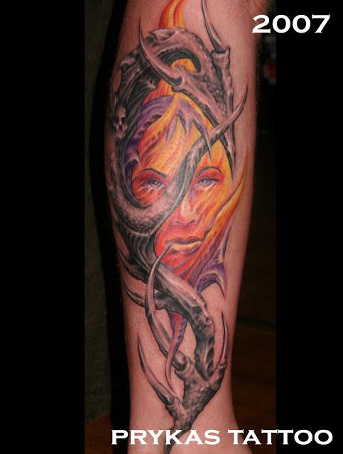 prykas tattoo twarz biomechanika kolorowa
